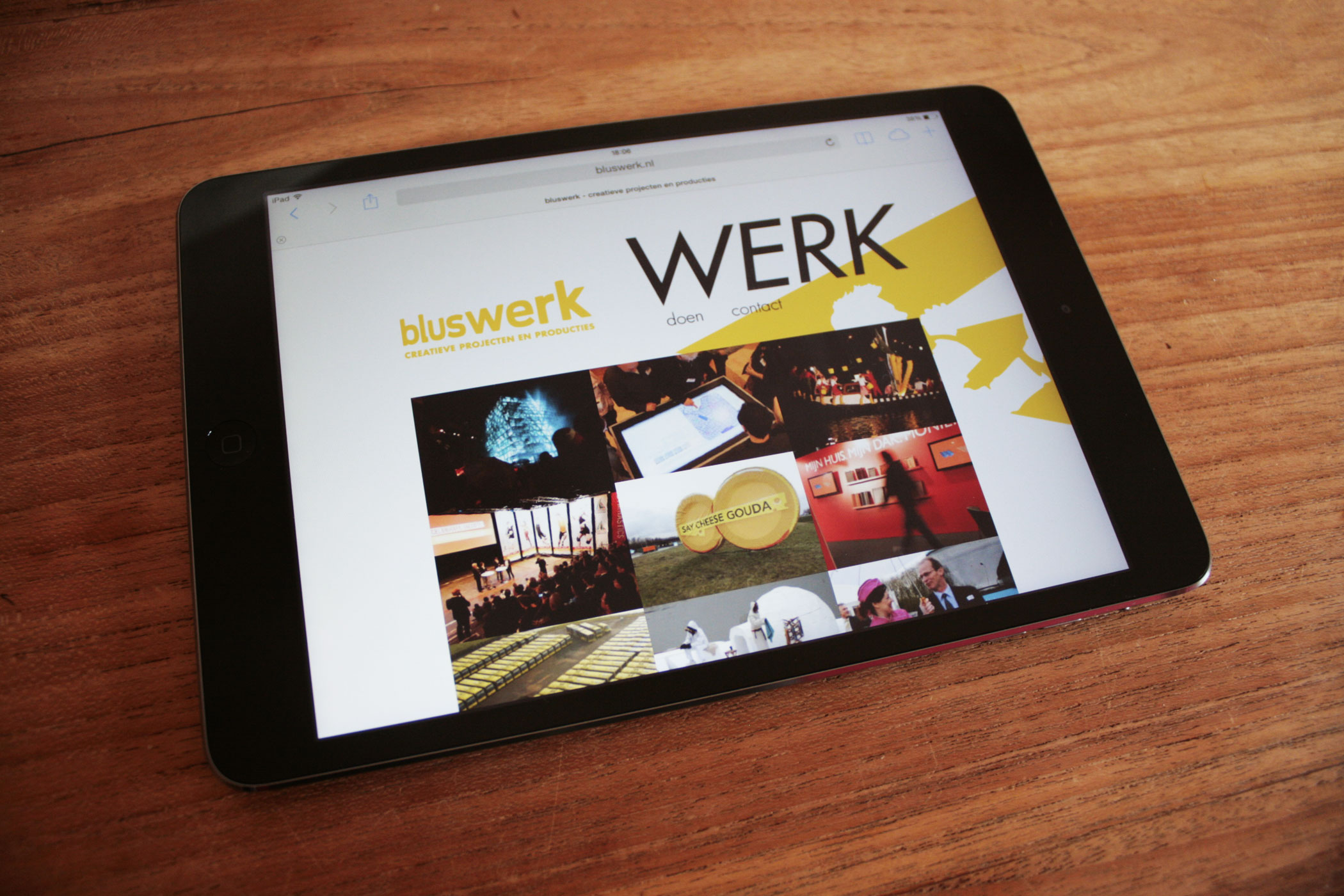 Bluswerk website tablet en dekstop